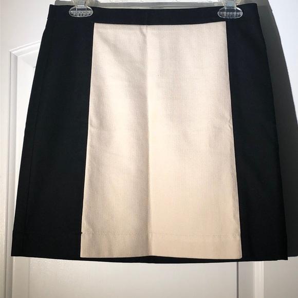 LOFT Dresses & Skirts - Adorable all cotton mid length skirt